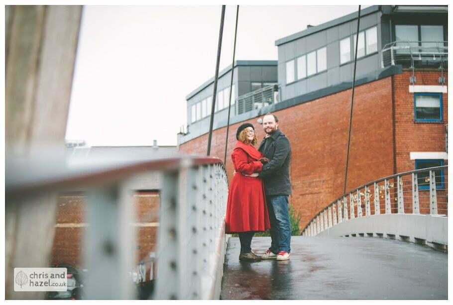 urban rain city clarence dock bridge leeds pre wedding photography engagement session photographer leeds lee osbourne lois dyer
