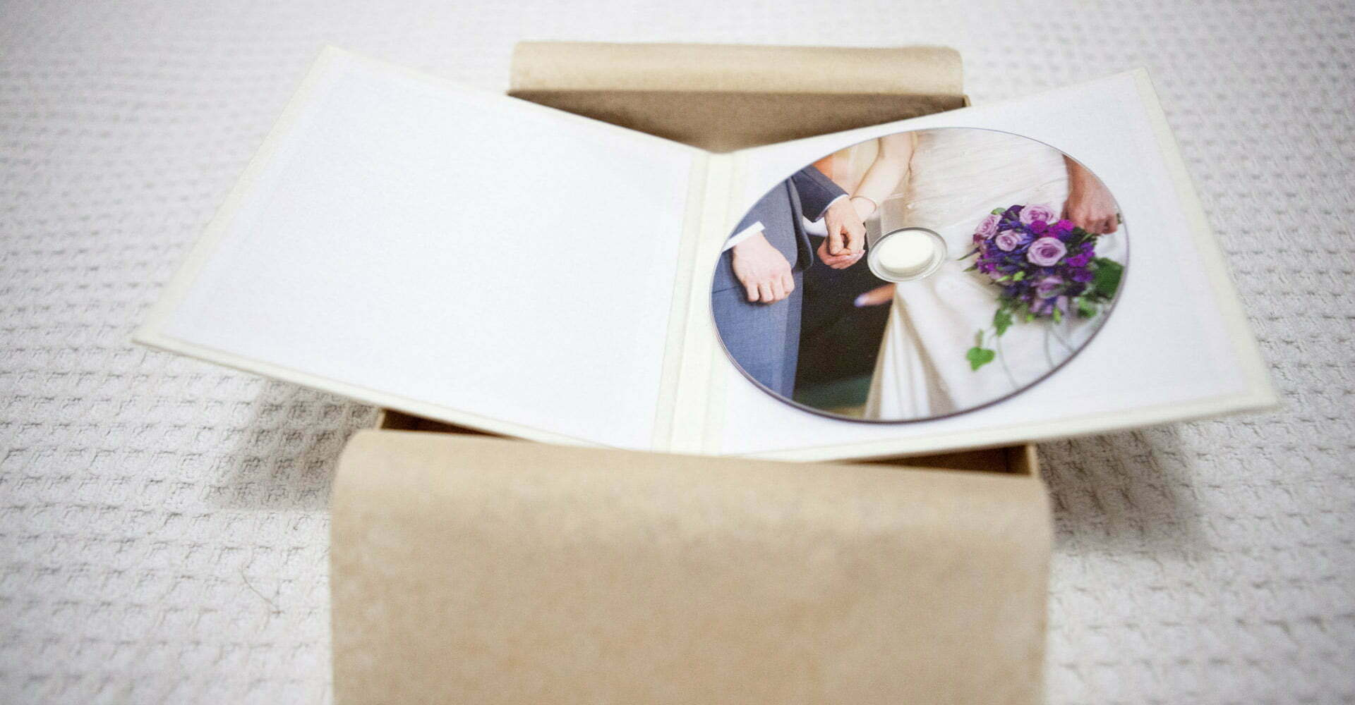 eco friendly, wedding cd case, wedding cd folio, natural, handmade