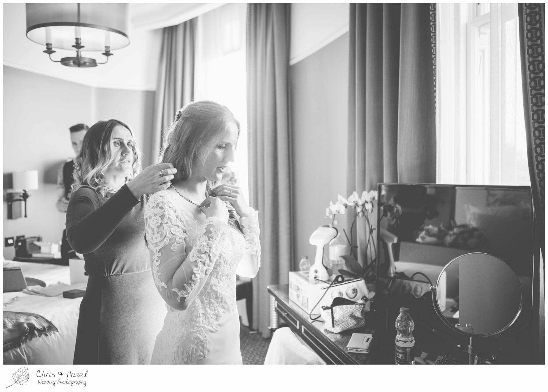 Bride in wedding dress, Wedding preparations, The Gainsborough Bath Spa hotel, Gainsborough Hotel Bath, documentary wedding photography, Chris and Hazel Wedding Photography Bath, Andy Frost Sian Upson
